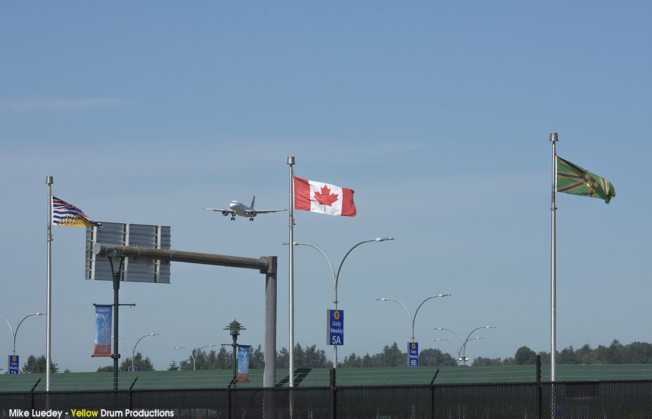 Air Canada and three flags